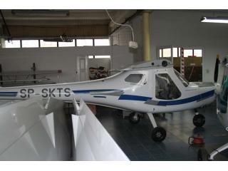 Samolot 3XTrim SP-SKTS na hali montażowej